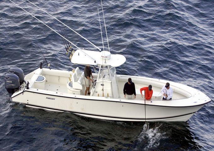 34' Offshore Tournament Pursuit